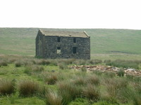 An old barn off the Pennine Bridleway