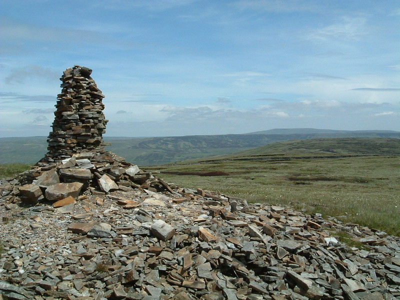 The cairn on top of Fountains Fell