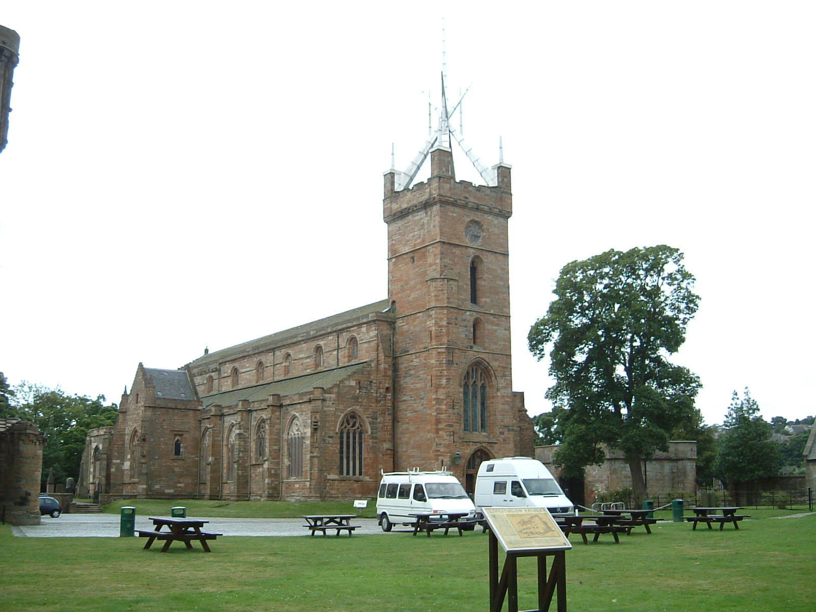 St Michael's Church in Linlithgow