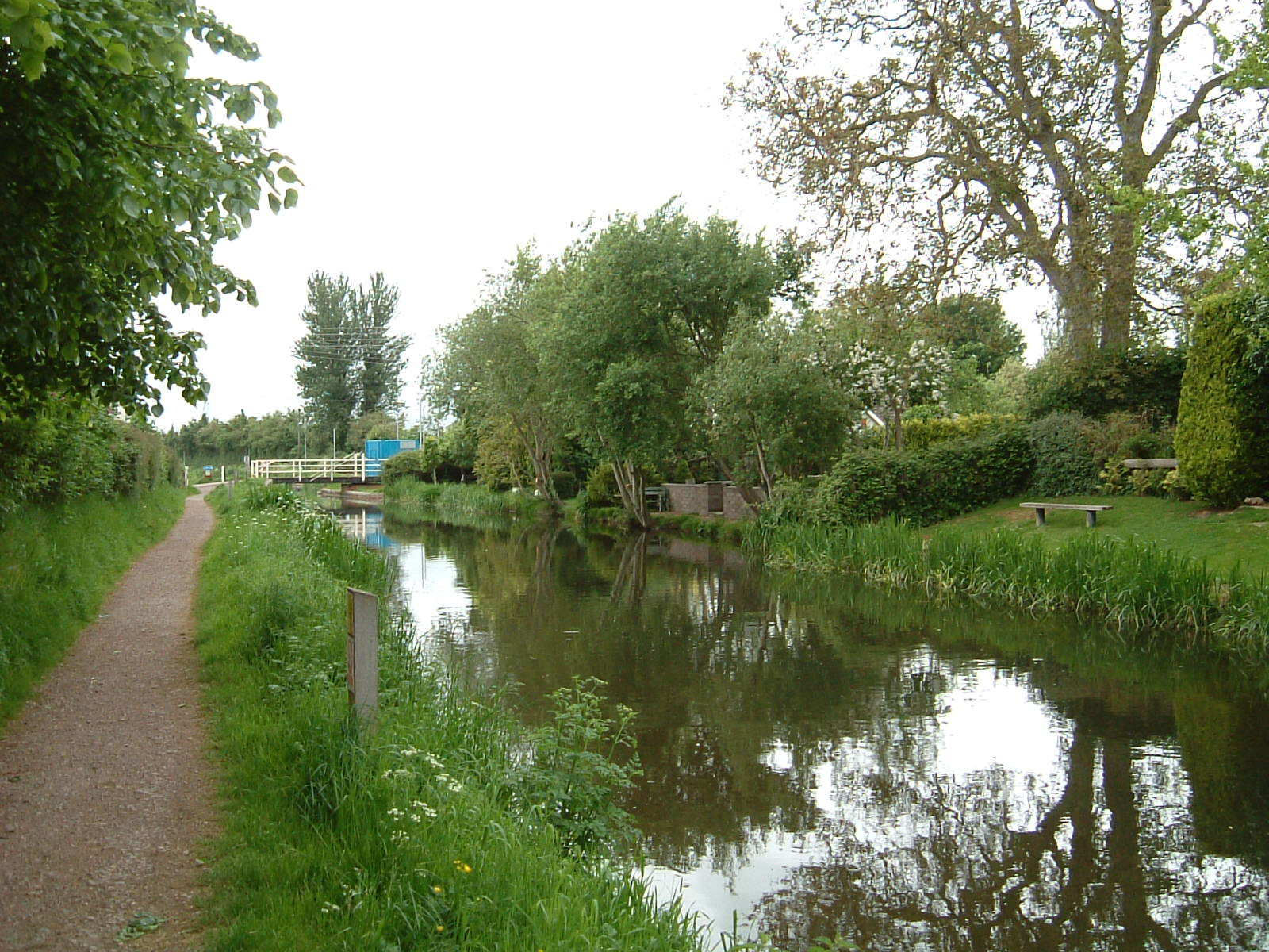 The Bridgwater and Taunton Canal
